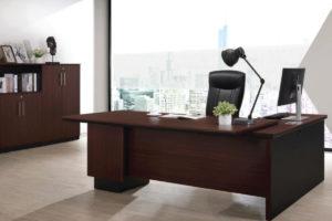 Gamania-Executive-Desk