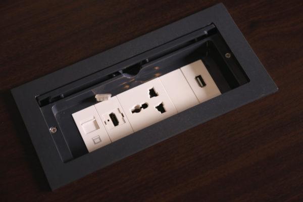 Pop-up-Socket-Box