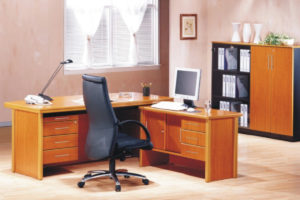 Savio-Executive-Desk